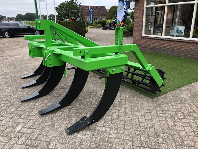 STP 5 TOOTH CULTIVATOR