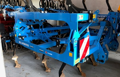 RABE 4M40 cultivator