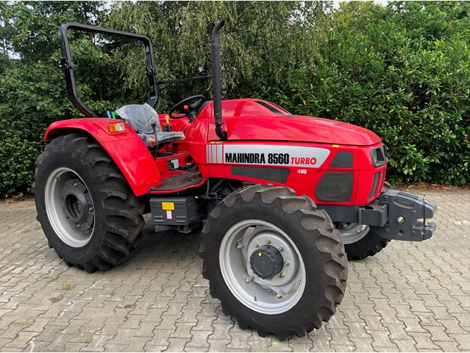 MAHINDRA 8560  TURBO