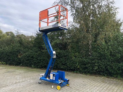 POWER TOWERS ELECTRIC BOOM LIFT